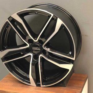 FONDMETAL HEXIS Glossy Black polished 8.5x20 ET 39 5x112 66.5-0
